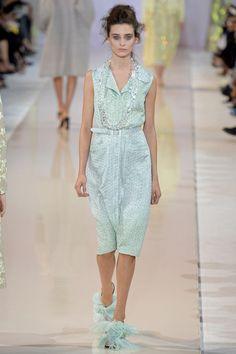Rochas Spring 2014 Ready-to-Wear Fashion Show - Carolina Thaler Crazy Runway Fashion, Paris Fashion Week, Fashion Show, Fashion Looks, Fashion Design, Fashion 2014, Spring 2014, Spring Summer, Summer 2014