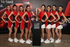 2013 SingTel Grid Girls and Trophy