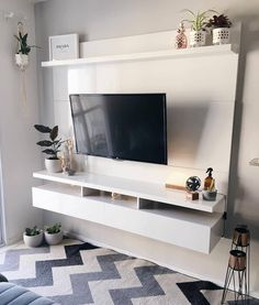Living Room Tv, Apartment Living, Painel Tv Sala Grande, Tv Unit Furniture, Modern Tv Wall Units, Interior Desing, Minimalist Home, Family Room, Sweet Home