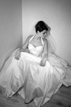 Halter neck wedding dress.