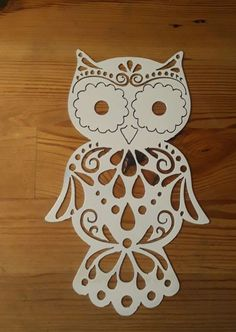 Owl Outline, Butterfly Outline, Cool Stencils, Apple Picture, Owl Templates, Lipstick Art, Hanging Artwork, Skull Fashion, Elements Of Design