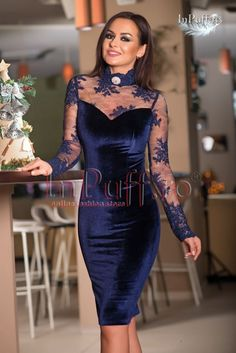 Blue velvet dress with lace sleeve - Cheap ladies dresses! - Blue velvet dress with lace sleeve cheap - High Fashion Dresses, African Fashion Dresses, Lace Dress With Sleeves, Wedding Dress Sleeves, Green Evening Gowns, Evening Dresses, Elegant Dresses, Nice Dresses, Ladies Dresses