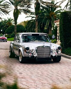 Mercedes Benz – One Stop Classic Car News & Tips Mercedes Benz 300, Bmw Classic Cars, Classic Mercedes, Mercedez Benz, Best Car Insurance, Modified Cars, Retro Cars, Luxury Cars, Dream Cars