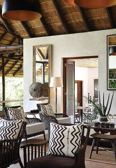 Thandi Mbali Renaldi, founder of stylish online interiors boutique Kudu offers her tips on how to incorporate African Style into modern interiors. African Interior Design, Boutique Interior Design, Decoration Inspiration, Interior Design Inspiration, Design Ideas, Decor Ideas, Design Design, Room Ideas, African Living Rooms