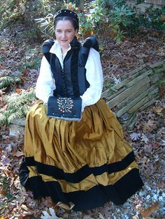 Belfebe - 16th Century skirt, doublet and chemise, German style.  This style is also found in some Italian paintings.