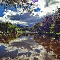 Parque El Paraiso, Cuenca Cortesia @juan_marca_v Areas Protegidas, Cuenca Ecuador, Natural Beauty, Places To Go, River, Nature, Pictures, Magic, Outdoor