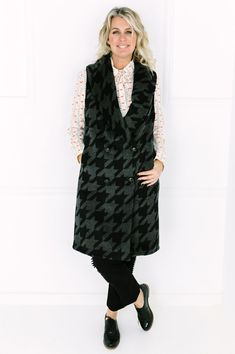 c650093a0e Contemporary sleeveless coat with eye catching fabric. Shop Desray Fashion  online. Sleeveless Coat