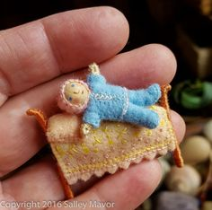 Posts about Felt written by Salley Mavor Tiny Dolls, Soft Dolls, Felt Doll House, Felt Fairy, Clothespin Dolls, Doll Crafts, Fairy Crafts, Sewing Dolls, Fabric Dolls