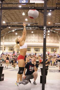 Libby Dibiase eat Eatology Paleo Zone and conquers Crossfit