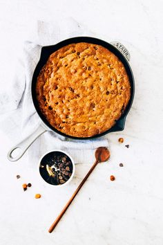 giant chocolate chip skillet cookie cake from cook's country/america's test kitchen adapted by hummingbird high
