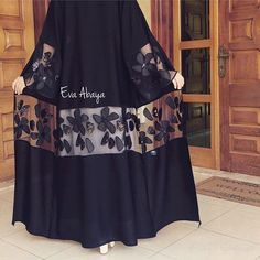 Abaya Style 298082069083028469 - Source by amxnxm Iranian Women Fashion, Islamic Fashion, Muslim Fashion, Modest Fashion, Fashion Dresses, Abaya Pattern, Abaya Mode, Mode Kimono, Modern Abaya