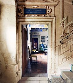 The trompe l'oeil on the walls leading up the main staircase was inspired by paintings at the Château d'Ancy-le-Franc.
