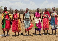 Massai Women, Africa  I would love to meet them someday. I have read about the Massai since I was in grade school.