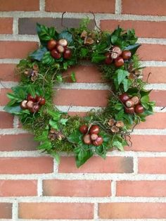 Christmas Door Wreaths, Homemade Christmas Decorations, Halloween Porch Decorations, Halloween Home Decor, Autumn Wreaths, Holiday Wreaths, Christmas Art, Christmas Ornaments, Holiday Decor