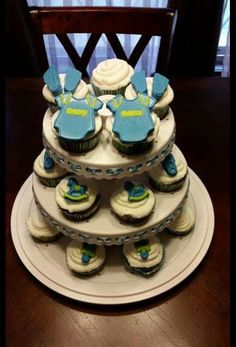 Cupcakes with edible decorations for a baby shower. 2015