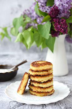 Placuszki ziemniaczane z kiszoną kapustą Sauerkraut, Veggie Recipes, Veggie Food, Dip, Pancakes, Food And Drink, Veggies, Nutrition, Lunch