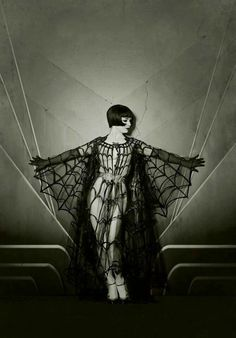 silent film goddess in gothic sensual pose vintage photo style model vicky butterfly, photographer the talented maria s. varela Louise Brooks silent star inspired work , look at the photos by this artist and watch the mesmerising films of the star too Louise Brooks, Retro Halloween, Halloween Costumes, Vintage Halloween Photos, Happy Halloween, Halloween Inspo, Burlesque Costumes, Costume Halloween, Vintage Halloween Makeup
