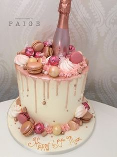 Rose gold drip cake Rose gold drip cake Stunning tall rose gold drip cake is a beautiful buttercream birthday cake topped with lots of delicious goodies<br> 60th Birthday Cakes, Birthday Cakes For Women, 21 Birthday Cupcakes, 30th Birthday Ideas For Women, Birthday Desserts, Cakes For Ladies, Tiered Birthday Cakes, Birthday Cake With Roses, 21 Bday Cake