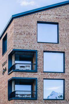 Appartementhaus Fuxbau Stuben | Atelier Ender | Architektur Multi Story Building, Frame, Home Decor, Atelier, Roof Trusses, Birthing Center, Driveway Entrance, Ground Floor, Landscape Pictures