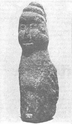 Posążek I, Powiercie //  ancient Slavic sculpture (idol?) unearthed in Powiercie, Poland.