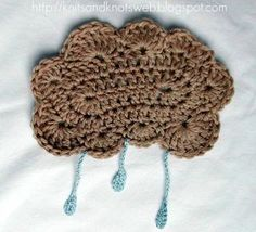 alice brans posted Rain Cloud - Free Pattern to their -crochet ideas and tips- postboard via the Juxtapost bookmarklet. Crochet Vintage, Crochet Diy, Crochet Motifs, Crochet Dishcloths, Crochet Home, Crochet Gifts, Crochet Patterns, Crochet Garland, Crochet Appliques