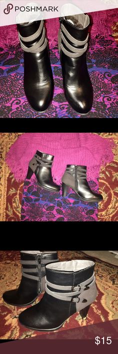 Ladies Leather Ankle Boots Ladies Leather Ankle Boots - Like New!! Worn only Once!! They would look great with jeans, leggings - pretty much anything!!  3 inch heels!! VERY sexy!! Rialto Shoes Ankle Boots & Booties