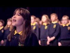 """Ein 10-jähriges, autistisches Mädchen singt Gänsehaut-Version von """"Halleluja""""   Webfail - Fail Bilder und Fail Videos"""