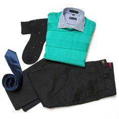 """pantalón casual Gino Gabuchi, camisa """"E"""", suéter Emporium. Corbata Emporium, calcetines Vannucci."""