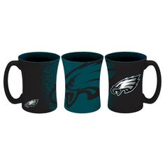 A bold #FlyEaglesFly look