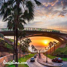 Bajada Balta in Miraflores leading to and from Costa Verde  #Miraflores #CostaVerde #Lima #Peru #BajadaBalta #PuenteVillena