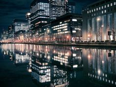 dreams-of-japan:    Reflection of Tokyo by tantake on Flickr.