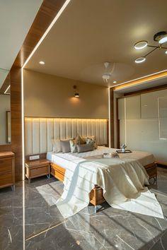 Indian Bedroom Design, Indian Bedroom Decor, Bedroom Furniture Design, Modern Bedroom Design, Master Bedroom Design, Tree Interior, Luxury Homes Interior, Small House Interior Design, Home Room Design