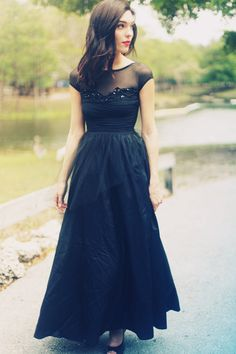 Vintage 1980's Long Black Gown Black Swan Dress. Can't wait for our first dining out and navy ball!! I want to dress up and dance!
