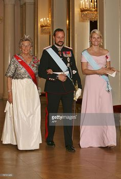 Princess Astrid, Crown Prince Haakon and Crown Princess Mette-Marit, arrive for a Gala Dinner at the Royal palace in Oslo 13 September 2007. Brazilian President President Lula da Silva arrived in the Norwegian capital for an official visit.  AFP photo by Hakon Mosvold Larsen / SCANPIX NORWAY (Photo credit should read Larsen, Hakon Mosvold/AFP/Getty Images)