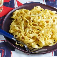 Really Buttery Saffron Tagliatelle   Rachael Ray Every Day