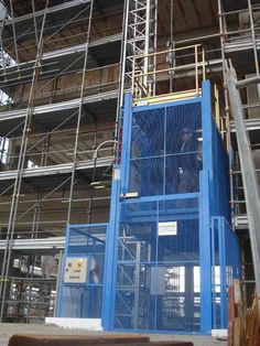 CONSTRUCTION LIFT Construction Lift, Ladder, Italy, Stairway, Italia, Ladders