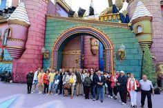 Visita de turistas al escenario de Santa Catalina