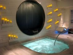 Spa Jacuzzi: Pictures of Vdara at CityCenter