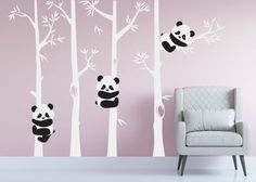 Ideas for Decorating a Bedroom in a Panda Theme Baby Bedroom, Bedroom Decor, Wall Decor, Wall Art, Panda Kindergarten, Sticker Art, Wall Stickers, Panda Decorations, Tree Decorations