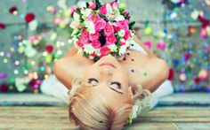 Beautiful blonde bride with a bouquet of flowers - Buy this stock photo and explore similar images at Adobe Stock Wedding Show, On Your Wedding Day, Wedding Tips, Wedding Bride, Perfect Wedding, Wedding Styles, Wedding Flowers, Wedding Planning, Blonde Bride