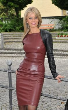 Teachers leather dress: 14 тыс изображений найдено в Яндекс.Картинках