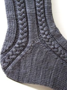 Zopfmuster-Socken Maudie / General Hogbuffer (von oben nach unten - evtl. überlegen, ob auch toe-up möglich)