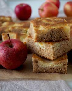 Banana Bread, Baking, Desserts, Recipes, Food, Cakes, Tailgate Desserts, Deserts, Cake Makers