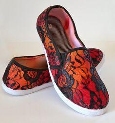 ❤ Cipő díszítés textilfestékkel és csipkével egyszerűen ❤Mindy -  kreatív ötletek és dekorációk minden napra