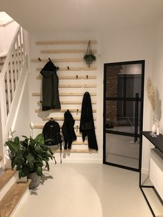 Future House, My House, Flur Design, Hallway Ideas Entrance Narrow, Hallway Designs, Interior Exterior, Interior Design, House Goals, Home Projects