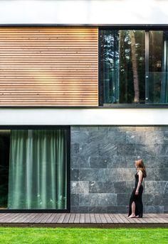 Exterior Wall Cladding, Facade, Blinds, Sweet Home, Villa, House Design, Home Decor, Future House, Architecture