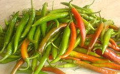 ciusca Green Beans, Stuffed Peppers, Vegetables, Food, Fine Dining, Stuffed Pepper, Essen, Vegetable Recipes, Meals