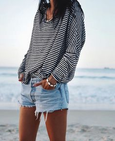 # 47 New York Sommer Outfits Ideen Die Sie Wissen Sollten - afabcecfd Mode Outfits, Casual Outfits, Fashion Outfits, Womens Fashion, Fashion Trends, Short Outfits, Ladies Fashion, Diy Outfits, Fashion Shorts