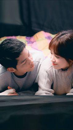 "Cpt Yoo Si Jin & Dr Kang Mo Yeon "" Descendants Of The Sun "" Ep 16"