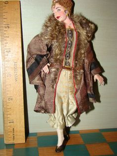 "saucy art deco lady,character doll,by artisan""marcia backstrom""  dollhouse miniature 1:12 scale"